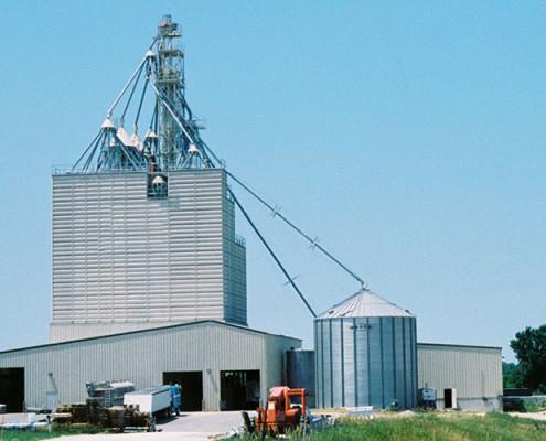 Truck and Train Grain Unloading Tunnel | James Heidt Engineering